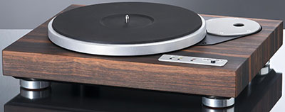 Langer turntable Fine wood finish with Rega adaptor.
