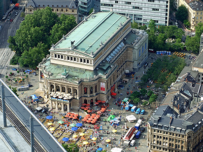 Alte Oper, Opernplatz 1, 60313 Frankfurt am Main, Germany. Photo by: dontworry.