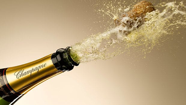 Click on the photo to check out France's TOP 100 greatest CHAMPAGNE BRANDS & famous CHAMPAGNE HOUSES.