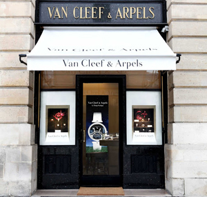 Van Cleef & Arpels Flagship Store, 24 Place Vendôme, 75001 Paris, France.