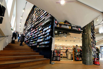 The American Book Center, Spui 12, 1012 XA Amsterdam, The Netherlands.