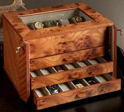 Agresti Watch Chest in Briar, lockable, for 28 watches on holders and laying down.