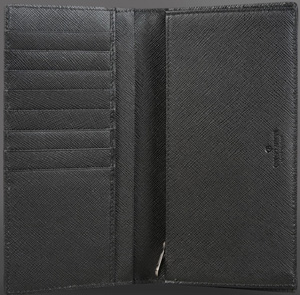 Giorgio Armani Men's Wallet: US$595.