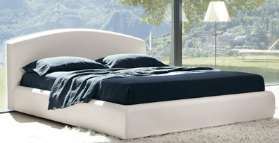 Florence bed designed by design Giuseppe Viganò for Bonaldo.