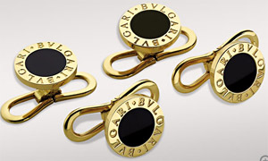 Bvlgari stud set in 18kt yellow gold and black onyx: US$2,000.