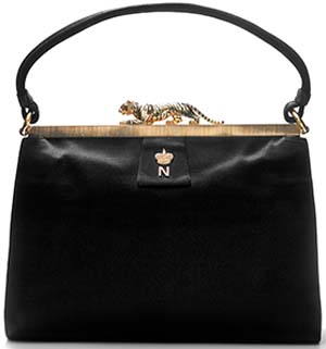 This handbag features the initial of Princess Nina Mdivani, to whom it was given as a gift by Barbara Hutton, 1961.
