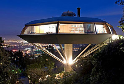 The Chemosphere, designed by American architect John Lautner in 1960. 7776 Torreyson Drive, Los Angeles, CA, U.S.A.