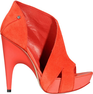 C'N'C' Costume National Bootie Shoe: €158.