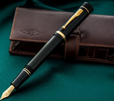 Conway Stewart Churchill fountain pen: £429.