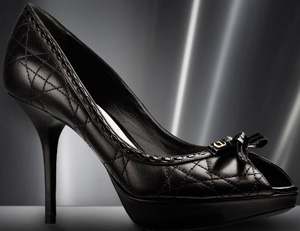 Dior Pump Black Nappa Leather and Black Patent Leather 9.5 cm.