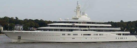 M/Y Eclipse: 538 ft. / 164 m. / £300 mio. Owner: Roman Abramovich.