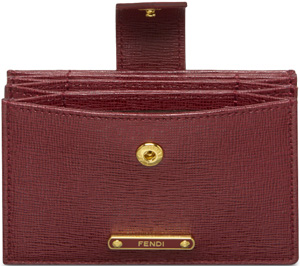 Fendi elegant and trendy credit card holder with five slots in leather featuring a Baccello closure.