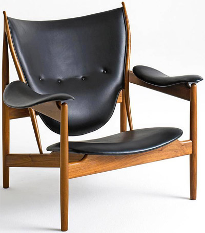 Chieftains Chair designed by Finn Juhl (1949).