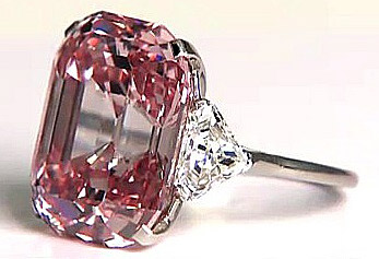 World's most expensive jewel: the Graff Pink diamond.