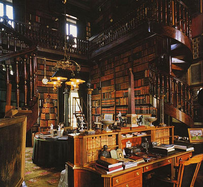Private library at Château de Groussay, Montfort-l'Amaury, Department of Yvelines, France.