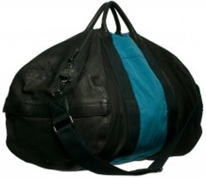 Jérôme Dreyfuss Arnaud L Black Mat & Steel Blue Caviar Duffel Bag: US$1,365.