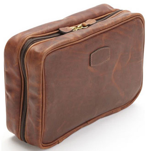 Korchmar QUINTON - L1208 - Hanging Toiletry Case: US$185.