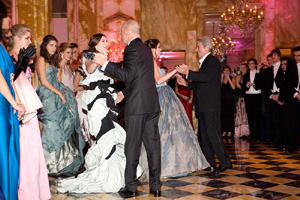 Alain Delon and Bruce Willis open the 2008 Bal with their respective daughters Anouchka and Scout LaRue.