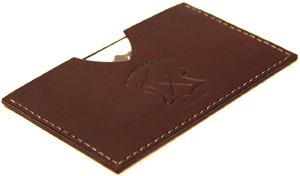 LeatherProjects Card holder, brown.