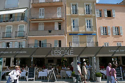 L'Escale Lounge Bar.