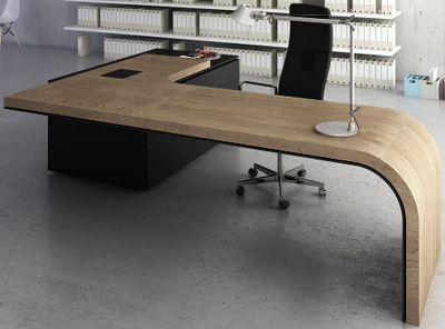 Dymitr Malcew Executive Desk.