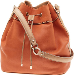 Moreschi Bucket bag: €490.
