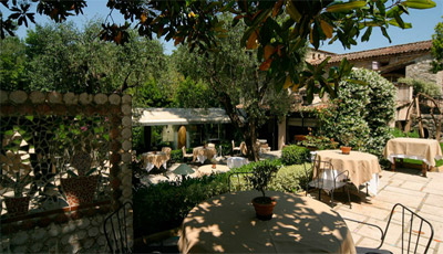 France 39 s top 1400 best high end gourmet michelin starred for Le jardin restaurant mougins