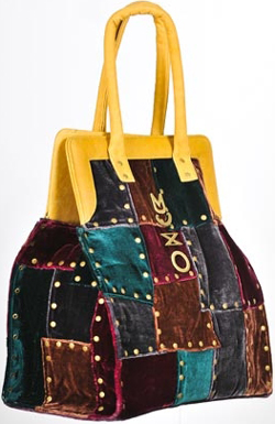 Muxo New Towers Handbag: US$1,380.