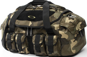 Oakley Mechanism Duffel: US$190.