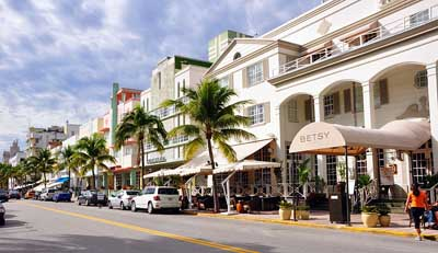Ocean Drive (South Beach), Miami Beach, Florida, U.S.A.