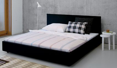 SL05 PARDIS bed designed by Philipp Mainzer for e15.