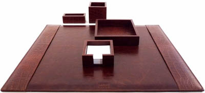 Pinetti desk set handmade in Italy with the best calf skins: €525.
