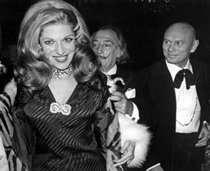 Hostess baroness Marie-Hélène de Rothschild with two of her guests at the Proust Ball December 11, 1971.