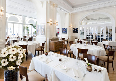 Restaurant Carlton at InterContinental Carlton Cannes, 58 Boulevard de la Croisette, 06400 Cannes.