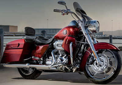 Harley-Davidson CVO Road King.