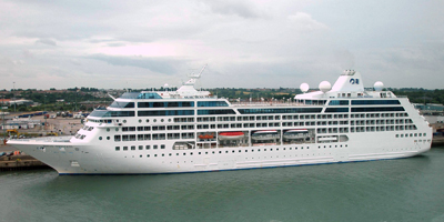 MS Royal Princess is a cruise ship operated by Princess Cruises. It is the ninth largest cruise ship in the world. The ship measures 141,000 GT and has a capacity of 3,600 passengers.