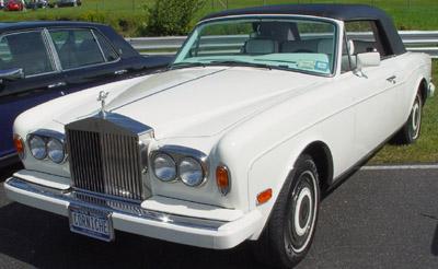 Rolls-Royce Corniche.