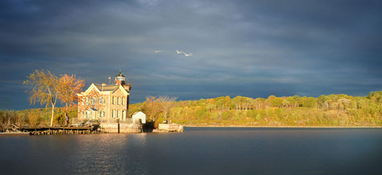 Saugerties Lighthouse, 168 Lighthouse Dr, Saugerties, NY 12477, U.S.A.