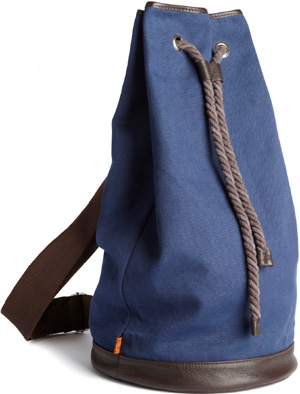 Duffle bag in navy canvas/brown leather: £50.