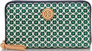 Tory Burch Halland Zip Continental Wallet: €190.