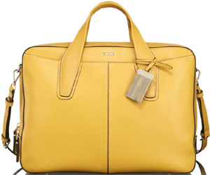 Tumi Carlisle Collection Forrest Leather Attaché: US$445.