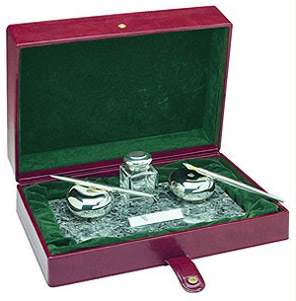 Ferrari da Varese Labrador Polished Sterling Silver Pen Desk Set.