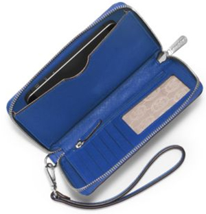 Michael Kors Jet Set Travel Large Saffiano Leather Smartphone Wristlet: US$98.