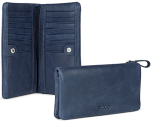 Ecco Barra women's wallet.