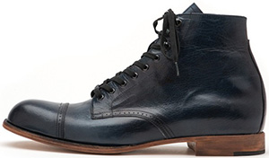 Esquivel men's boot.