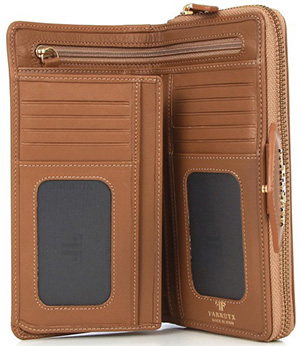 Farrutx Martha Tan Women's Leather Wallet: €90.
