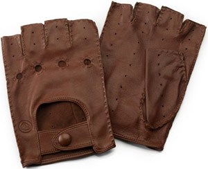 Lotus leather driving gloves: €154.