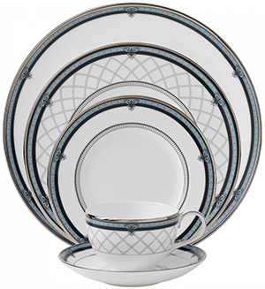 Roger Doulton Countess 5-Piece Place Setting: US$94.80.