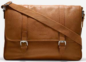 Cole Hann Wayland Messenger: US$298.