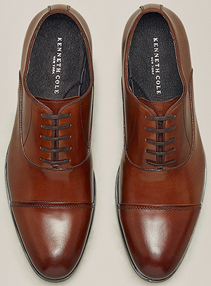 Kenneth Cole Oxford Country Club Cap Toe men's shoe: US$155.